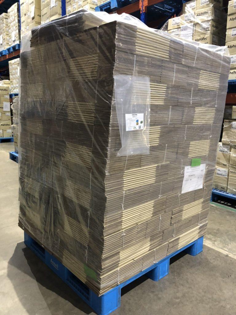ตัวอย่างการใช้งานถุงคลุมพาเลทในการจัดส่ง/ลำเลียงสิ่งของแทนการใช้งานฟิล์มยืด